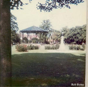 eastleigh.bandstand.jpg